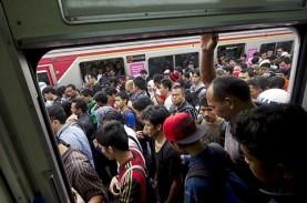 Gangguan KRL: Gardu Listrik Kebakaran, Commuterline…