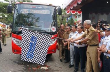 ANGKUTAN MASSAL BERBASIS BUS: 11 Kota Besar Sudah Operasikan Bus Rapid Transit