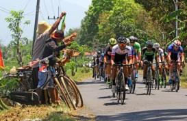 Benjamin Dyball Juara Balap Sepeda Tour de Banyuwangi Ijen