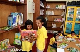 Menumbuhkan Minat Baca Anak Di Tengah Kepungan Gadget