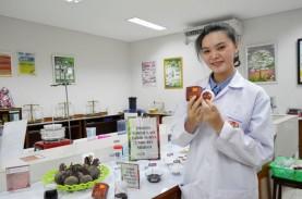 Mahasiswa UKWM Surabaya Bikin Sunscreen dari Buah…