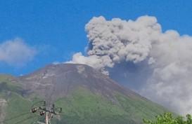 Gunung Gamalama Alami Erupsi Minor. Letusan Kecil Terjadi Pukul 11.52 WIT
