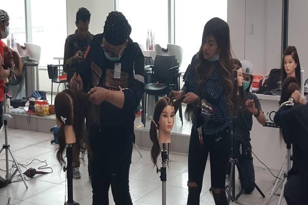 Inovasi Tatanan Gaya Rambut Jakarta Fashion Week 2019 ...