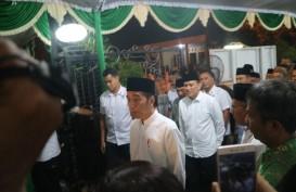 Presiden Jokowi Bertemu Lagi K.H. Munif Muhammad Zuhri Setelah Empat Tahun