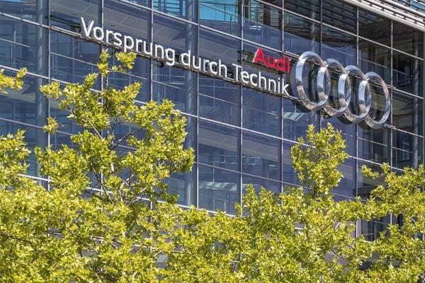 Insentif harga tergantung pada model dan jumlahnya hingga 9.000 euro.  - AUDI AG
