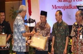 Pemprov Jateng Beri Penghargaan 3 OPD dan 5 Pemkab