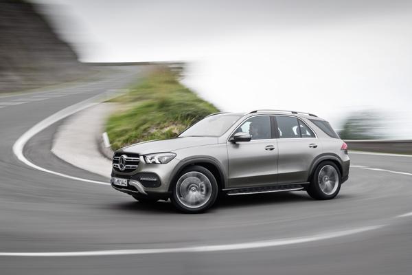Mercedes-Benz GLE.  - DAIMLER