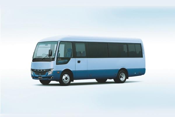Bus ringan Mitsubishi Fuso Rosa.  - MFTBC