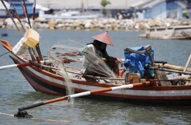 Nelayan Sangihe Peroleh Bantuan Kapal