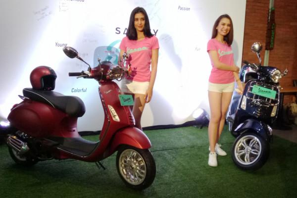 Vespa Sprint dan Primavera terbaru dengan rem ABS diperkenalkan di Jakarta, Selasa (10/4/18). - ANTARA
