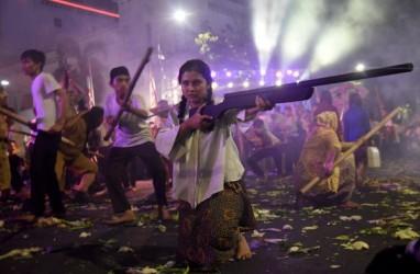 'Surabaya Membara' Makan Korban, Khofifah Sebut Tahun Depan Tetap Dipentaskan