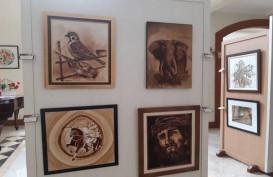 Lukisan-lukisan Indah Ini Terbuat dari Ampas Kopi