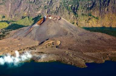 Gunung Rinjani Bisa Kembali Didaki Mulai 19 November. Berlaku Sistem Kuota