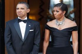 Bawa Bunga, Barack Obama Kejutkan Michelle