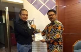 Wartawan Senior Lahyanto Nadie Luncurkan Buku Komunikasi Pasar Modal