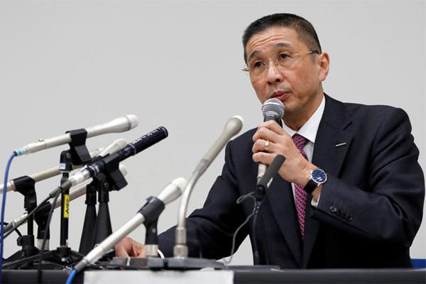 President and CEO Nissan Hiroto Saikawa berbicara pada konferensi pers setelah media Jepang melaporkan bahwa Chairman Nissan Carlos Ghosn ditangkap di Yokohama, Senin (19/11/2018). - REUTERS
