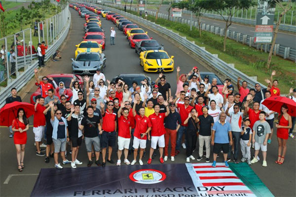 Ferrari Owners Club Indonesia (FOCI), menggelar Ferrari Track Day 2018 di sirkuit pop-up BSD, Tangerang, Banten, pada 24 November 2018. (HO - FOCI).