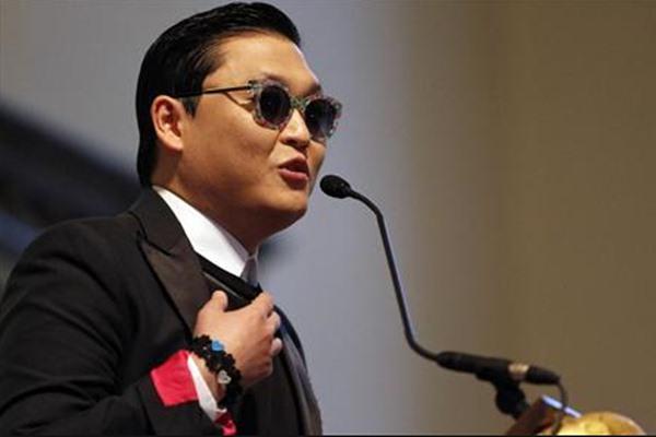 Musisi Korea Selatan, Psy  - Reuters