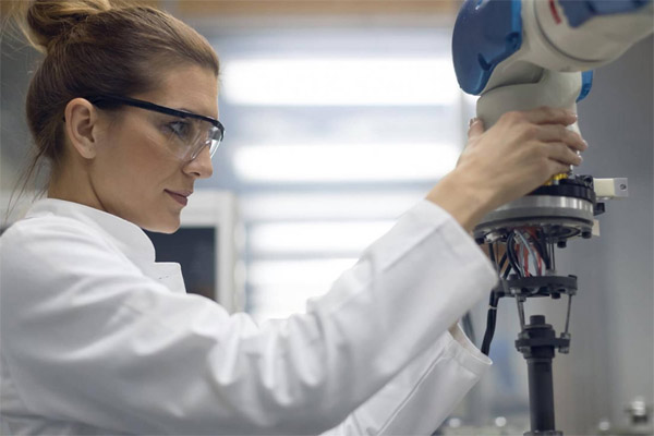 Toyota pacu pengembangan teknologi robotik.  - Toyota AI Venture
