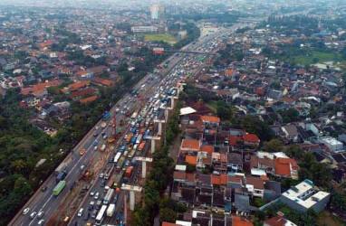 Lintasan Tol Jakarta-Cikampek Macet Parah hingga Mengular ke Bekasi