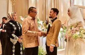 Nikahi Lindswell Kwok, Achmad Hulaefi Kenakan 3 Jas Pengantin