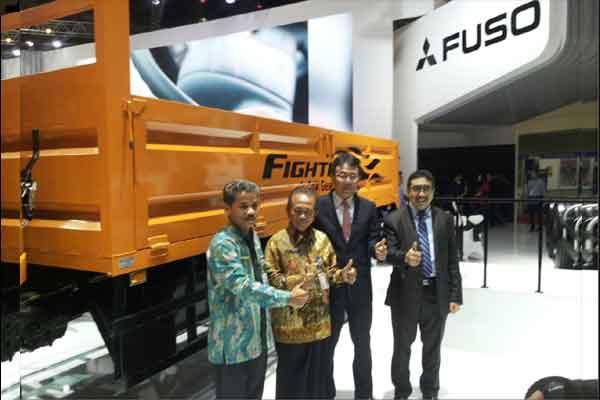 Mitsubishi Fuso Fighter.  - Bisnis.com/Yudi Supriyanto
