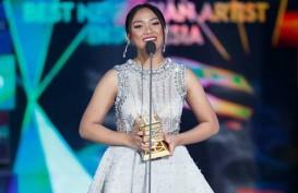 Raih Penghargaan MAMA 2018, Marion Jola Curi Perhatian Kim Jae-Hwan