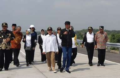 Presiden Jokowi Resmikan 4 Ruas Jalan Tol di Jawa Timur