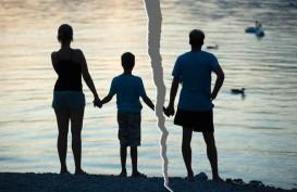 Bercerai, Orang Tua Perlu Persiapkan Mental Anak