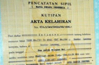 Wanaartha Life Bagikan 2.150 Akta Lahir di Gorontalo