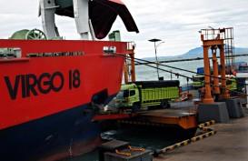 Rampdoor KMP Nusa Putera Patah, Satu Truk Tercebur ke Laut