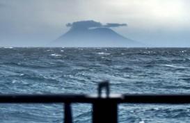 Anak Krakatau Menyusut Separuhnya Setelah Erupsi