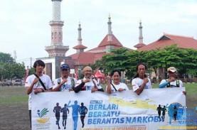 Kampanyekan antinarkoba, Pelari Gaek Berlari 1.000…