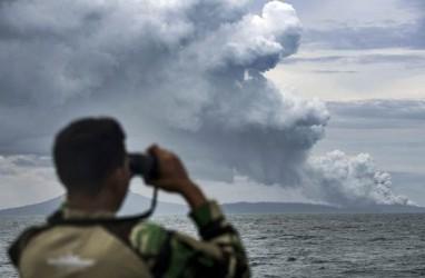 Gunung Anak Krakatau Masih Siaga III, Pelayaran Diimbau Tetap Waspada