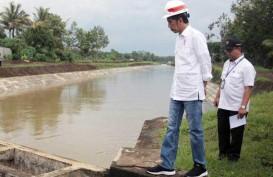 Tinjau Irigasi Lodoyo, Jokowi Sebut Perbaikan Irigasi Sudah Diselesaikan