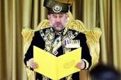 Raja Malaysia Turun Tahta. Diisukan Nikahi Mantan Ratu Kecantikan Rusia