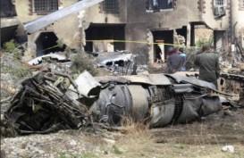 Pesawat Kargo Militer Jatuh di Iran. Mukjizat, Ada 1 Orang Selamat