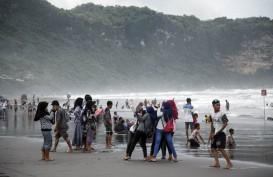 Ada Supermoon, tapi Gelombang Pasang di Pesisir Pantai Selatan Yogyakarta Aman
