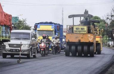 Harga Karet Anjlok, Menteri PUPR Perintahkan Proyek Jalan Gunakan Campuran Aspal-Karet
