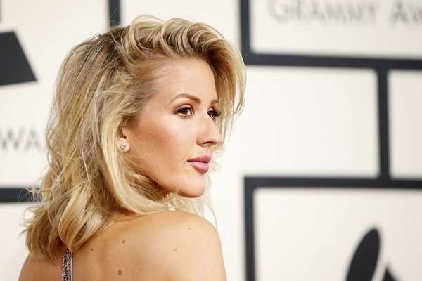 Ellie Goulding di ajang Grammy Awards 2016 - Reuters