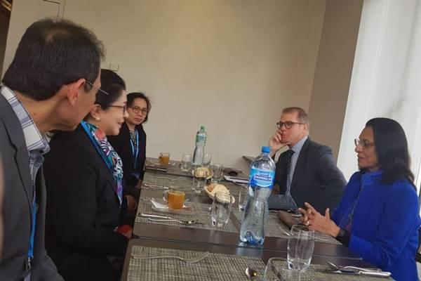irektur Regional World Health Menteri Kesehatan Nila F Moeloek (kiri tengah) menghadiri Pertemuan PBAC di Jenewa dalam kapasitas sebagai anggota Executive Board WHO periode tahun 2018-2021 - Dokumentasi Kemenkes