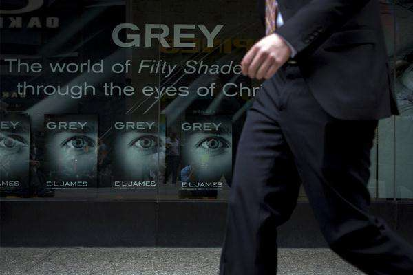 Novel Grey karya E.L. James - Reuters