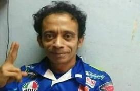 Heboh Tukang Servis HP Mirip Valentino Rossi