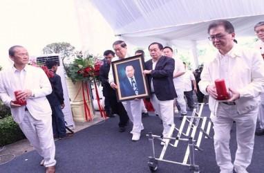 Mengapa Pemakaman Orang Terkaya Nomor 2 di Indonesia, Eka Tjipta Widjaja, Bernuansa Putih?