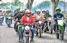 Sosialisasi 'Safety Driving', Menhub Budi Karya Sambangi Sopir Angkot Surabaya