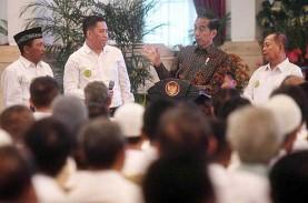 Silaturahmi dengan Petani Tebu, Jokowi Janji Selesaikan…