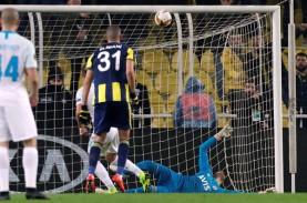 Hasil Liga Europa: Gagalkan Penalti, Fenerbahce Bekuk…