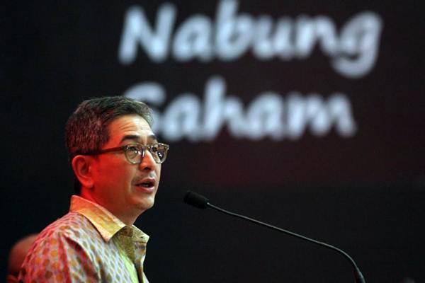 Direktur PT Indika Energy Tbk Aziz Armand menyampaikan sambutan pada  pembukaan perdagangan saham di Bursa Efek Indonesia, di  Jakarta, Rabu (4/7/2018). - JIBI/Dedi Gunawan