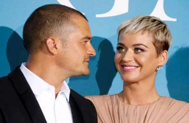 Katy Perry dan Orlando Bloom Resmi Bertunangan