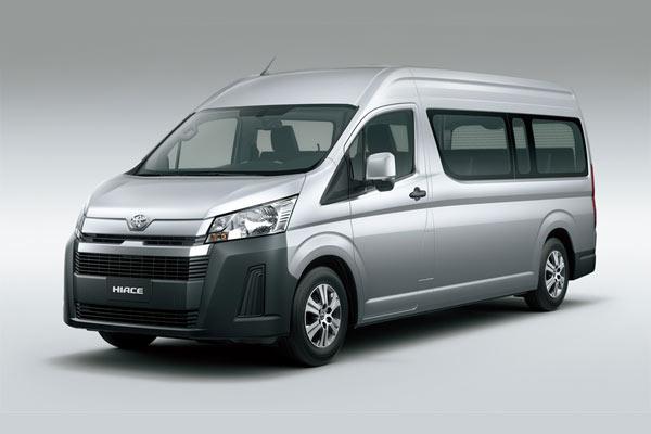 Toyota Hiace tersedia dalam pilihan mesin diesel 2.800cc dan 3.500cc bermesin bensin.. - Toyota